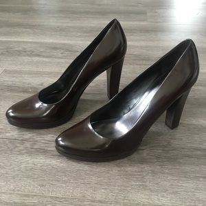 Nine West NEW Classic Brown Leather Pumps